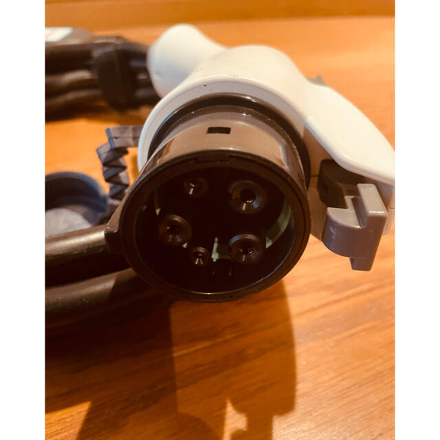 日産(ニッサン)の日産リーフ充電ケーブル7.5m 自動車/バイクの自動車(車外アクセサリ)の商品写真