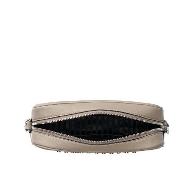 Victoria's Secret(ヴィクトリアズシークレット)の新作 ヴィクトリアシークレット ロゴ ショルダーバッグ【即日発送】 レディースのバッグ(ショルダーバッグ)の商品写真