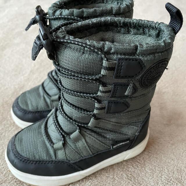 H&M(エイチアンドエム)のスノーブーツ 15cm キッズ/ベビー/マタニティのキッズ靴/シューズ(15cm~)(ブーツ)の商品写真