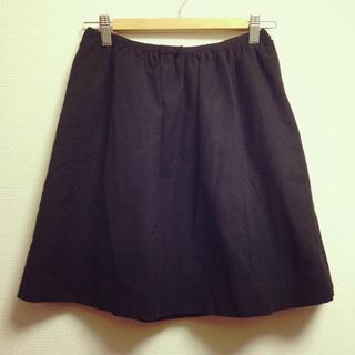 プーラフリーム(pour la frime)のシンプル黒スカート*(ひざ丈スカート)