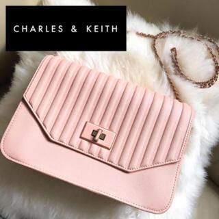 チャールズアンドキース(Charles and Keith)のCHARLES & KEITH(チャールズ&キース)バッグ(ショルダーバッグ)