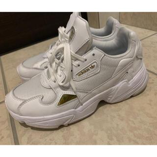 adidas - adidas Originals ファルコンスニーカー
