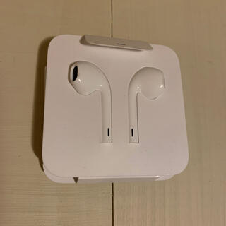 アイフォーン(iPhone)のiPhone7 純正 イヤフォン(ヘッドフォン/イヤフォン)