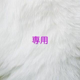 ホワイトフラワーロゴ黒 グレーフラワー(ピアス)