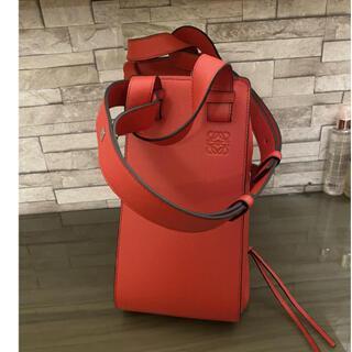 LOEWE - 極美品 Loewe ロエベ ハンモック バッグ レッド スモール タグ 保護袋付