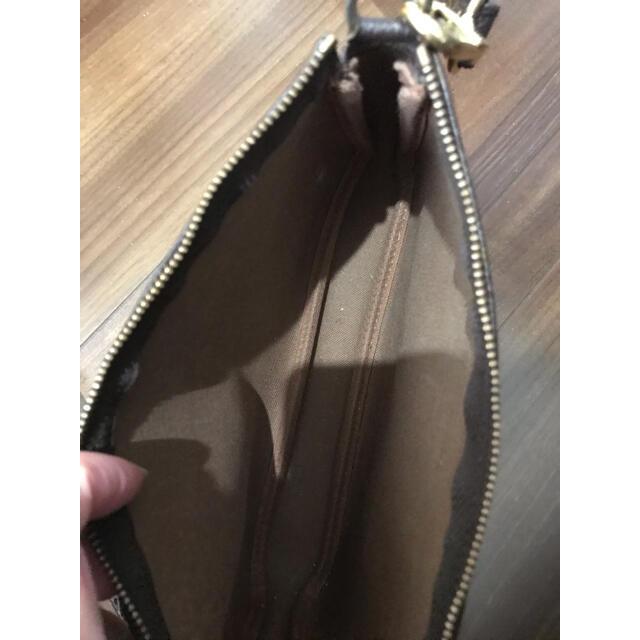LOUIS VUITTON(ルイヴィトン)のルイヴィトン モノグラム  アクセサリーポーチ+ストラップ レディースのバッグ(ハンドバッグ)の商品写真
