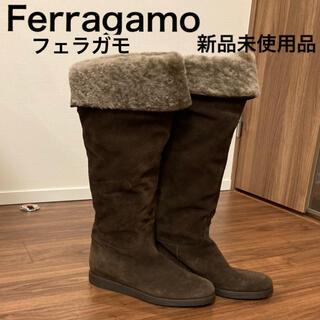 サルヴァトーレフェラガモ(Salvatore Ferragamo)のサルバトーレフェラガモ ムートンブーツ 新品未使用(ブーツ)