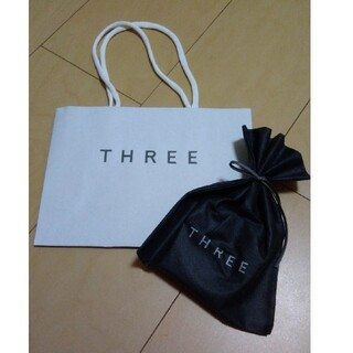 スリー(THREE)のTHREE ギフトセット(ショップ袋)