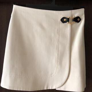 マークバイマークジェイコブス(MARC BY MARC JACOBS)のマークバイマークジェイコブス 白ミニスカート(ミニスカート)