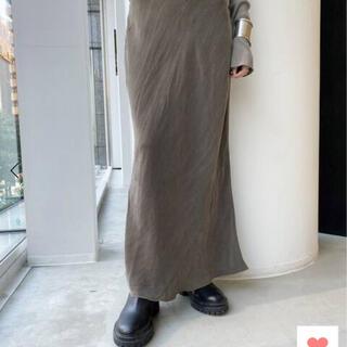 アパルトモンドゥーズィエムクラス(L'Appartement DEUXIEME CLASSE)のL'Appartement 【OZMA】Cupra Tight Skirt 38(ロングスカート)