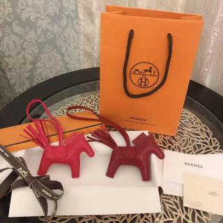 エルメス(Hermes)のエルメス ロデオ PM  ローズメキシコ 新品 プレゼント (バッグチャーム)