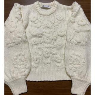 ZARA - ZARA フラワー刺繍入りセーター