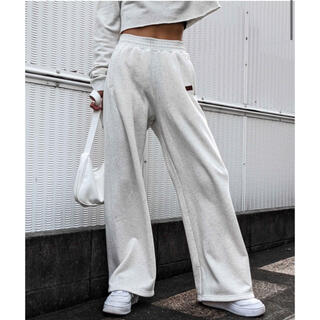 ACLENT Relaxy wide sweat pants