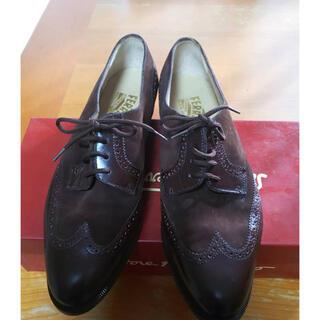 フェラガモ(Ferragamo)の靴23.5センチ Ferragamoフェラガモ (ローファー/革靴)