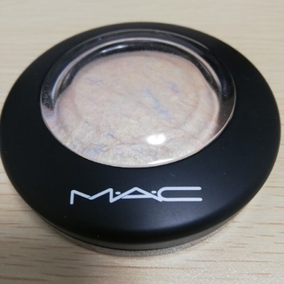 MAC ミネラライズスキンフィニッシュ ライトスカペード