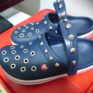crocs - 【新品】クロックス crocs パンク カスタム ネイビー 24.0cm