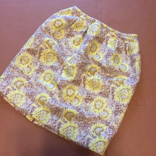 チェスティ(Chesty)のchesty花柄スカート(ミニスカート)