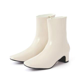 GRL - スクエアトゥエナメルショートブーツ オフホワイト