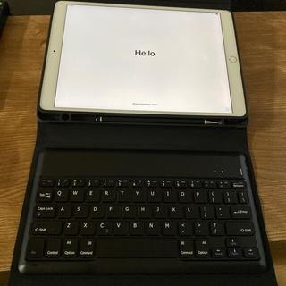 アップル(Apple)のiPad pro10.5 Wi-Fi+Cellular simフリー(タブレット)