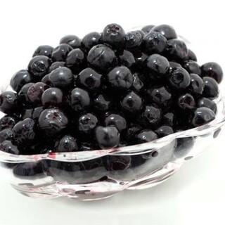 アロニア冷凍果実(令和2年新潟県産)1kg 送料込(その他)