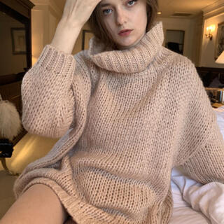 Lochie - epine high neck low gauge knit rose pink