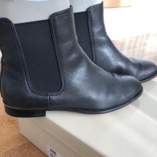 FABIO RUSCONI - WAG 2930 サイドゴアショートブーツ 黒