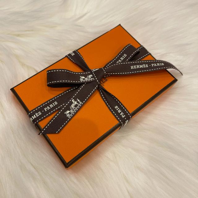 Hermes(エルメス)の【新品未使用】エルメス カルヴィ ブラック ボックスカーフ メンズのファッション小物(名刺入れ/定期入れ)の商品写真