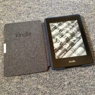 Kindle Paperwhite 5世代 2GB 広告無 ハードケース付