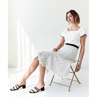 STRAWBERRY-FIELDS - 美品♪2020春夏ストロベリーフィールズ  レース スカート 白×黒花柄