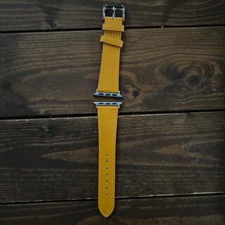 アップルウォッチ(Apple Watch)のApple Watch イエロー バンド(腕時計(デジタル))