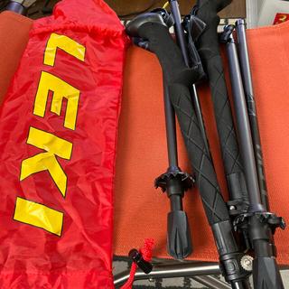 レキ(LEKI)の美品 レキ LEKI トレッキングポール 三段折りたたみ BLACK (登山用品)