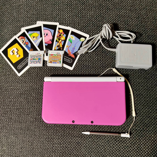 ニンテンドー3DS(ニンテンドー3DS)のNintendo NEW ニンテンドー 3DS LLピンク×ホワイト(家庭用ゲーム機本体)