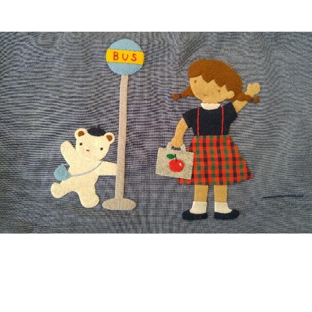 familiar(ファミリア)のpop☆様専用🍒familiarデニムバッグ 中古品 キッズ/ベビー/マタニティのこども用バッグ(レッスンバッグ)の商品写真