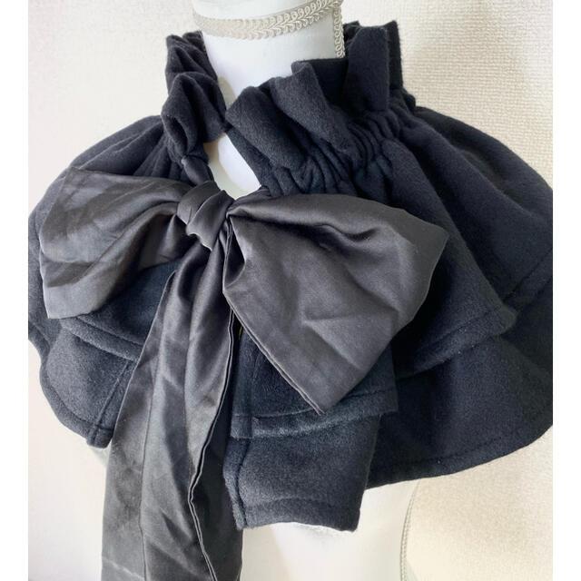 【新品未使用:入手困難】HEIHEI フリルマフラー ブラック ※アイロン済 レディースのファッション小物(マフラー/ショール)の商品写真