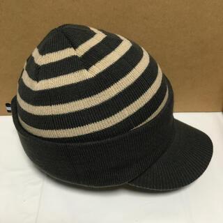 シャルレ(シャルレ)のつばつきニットキャップ、耳当てつき(帽子)
