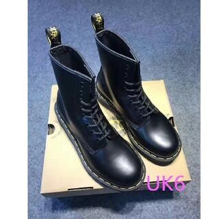 ドクターマーチン(Dr.Martens)のUK6~Dr.Martens ドクターマーチン 1460/黒 8ホールシューズ(ブーツ)