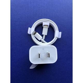 アイフォーン(iPhone)のiPhone11 Pro USBーCアダプターA1720 ・ケーブル (バッテリー/充電器)