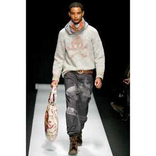 ヴィヴィアンウエストウッド(Vivienne Westwood)のVivienne Westwood 10AW 激レア Skull Knit(ニット/セーター)