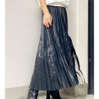 ジェイダ(GYDA)のGYDA フェイクレザープリーツスカート (ロングスカート)