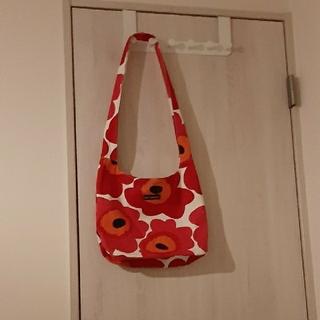 marimekko - marimekko赤ケシの花ショルダーバック