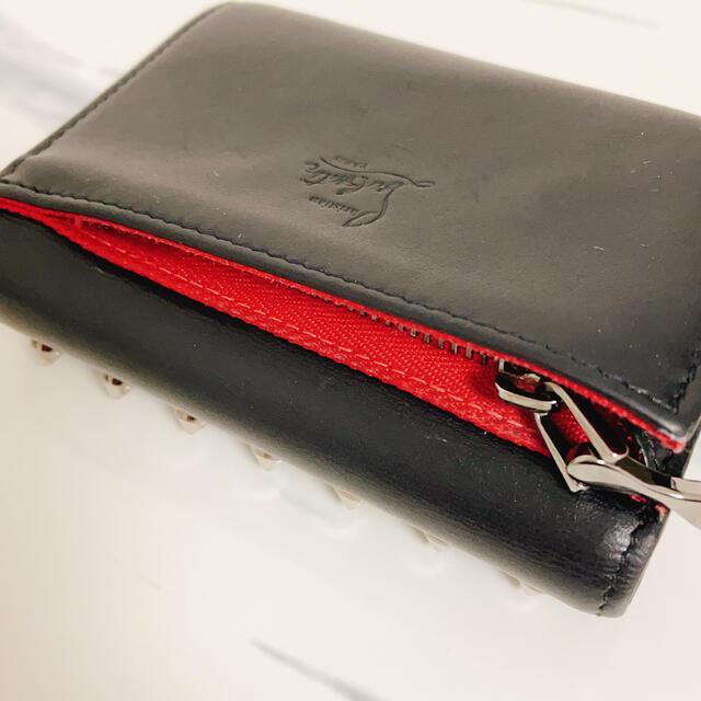 Christian Louboutin(クリスチャンルブタン)のルブタン 三つ折り財布 レディースのファッション小物(財布)の商品写真