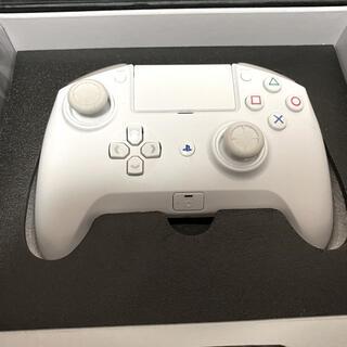 PlayStation4 - Razer Raiju Tournament Edition White