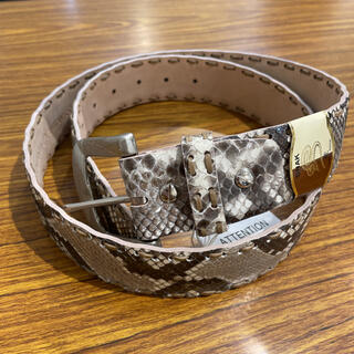 錦蛇 手縫い 40㍉幅 ベルト ナチュラル(ベルト)