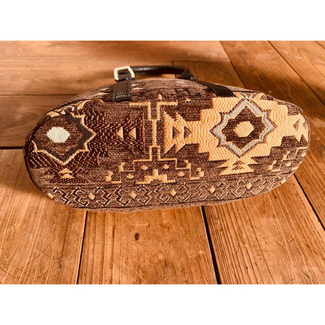 ネイティブ ハーフラウンド ミニバッグ♡the dilettante♡ハシバミ♡ レディースのバッグ(ハンドバッグ)の商品写真
