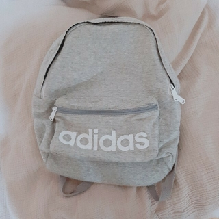 adidas - adidas リュック 灰色 グレー
