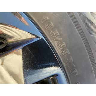 ブリヂストン(BRIDGESTONE)のスタッドレスタイヤ、純正ホイール付き(タイヤ・ホイールセット)