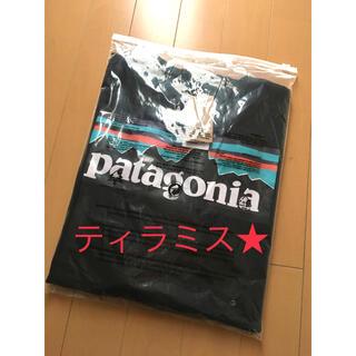 パタゴニア(patagonia)の新品 patagonia パタゴニア 長袖ロンT P-6LOGO ブラック XL(Tシャツ/カットソー(七分/長袖))