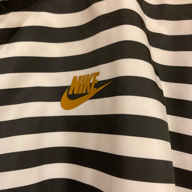 NIKE(ナイキ)のナイキ ウィメンズウーブンLAジャケット M レディースのジャケット/アウター(ナイロンジャケット)の商品写真