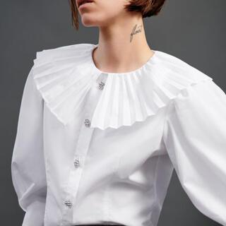 ZARA - ZARA プリーツ入り襟デザインシャツ