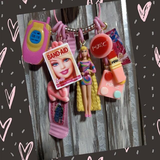 Barbie(バービー)のハンドメイド⚜️イケイケ🥂バビ子じゃらじゃらキーホルダー ハンドメイドのハンドメイド その他(その他)の商品写真